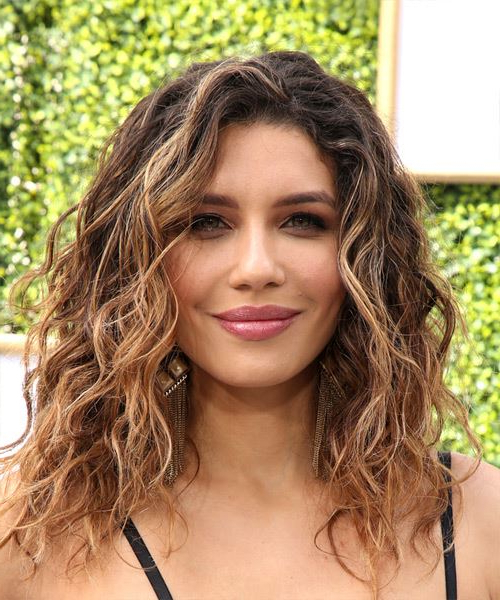 Juliana Harkavy Long Wavy Dark Brunette Bob Haircut With pertaining to Long Wavy Hairstyles With Side-Swept Bangs