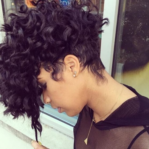Learn How To Sport A Curly Mohawk: 50 Sweet Ideas | Hair Regarding Mohawk Haircuts On Curls With Parting (View 12 of 25)