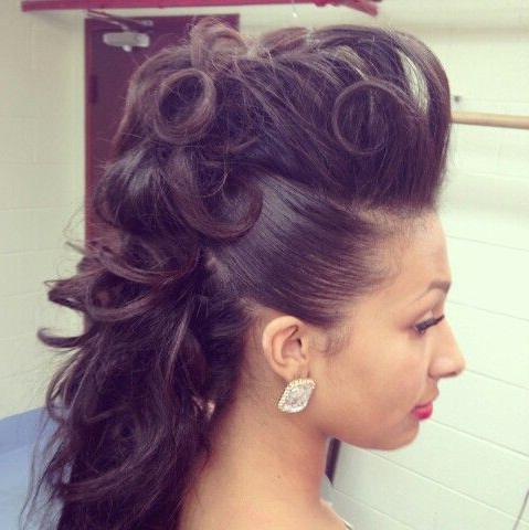 Long Mohawk For Women | Hairstylo Intended For Medium Length Hair Mohawk Hairstyles (View 15 of 25)