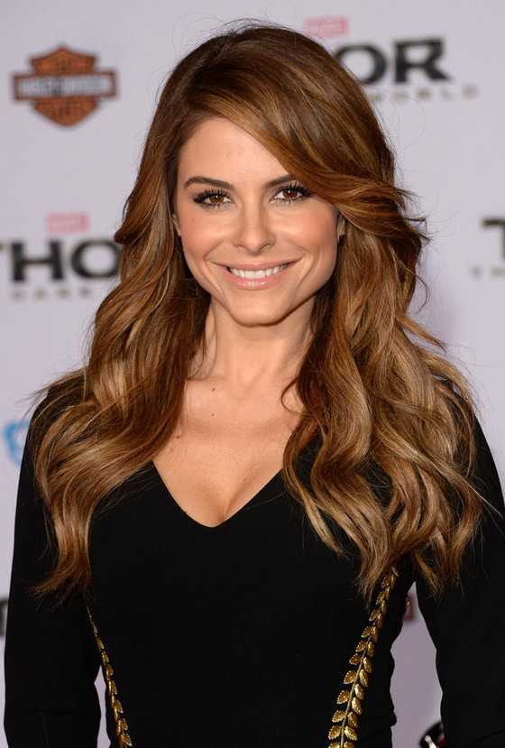 Maria Menounos Sexy Long Wavy Hairstyle With Side Swept With Long Wavy Hairstyles With Side Swept Bangs (View 5 of 25)