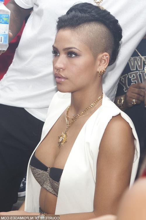 Ooo..la La Cassie In 2019 | Mohawk Hairstyles, Cool inside Cassie Roll Mohawk Hairstyles