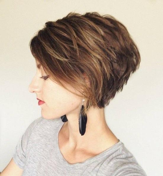 Featured Photo of Layered Short Bob Haircuts
