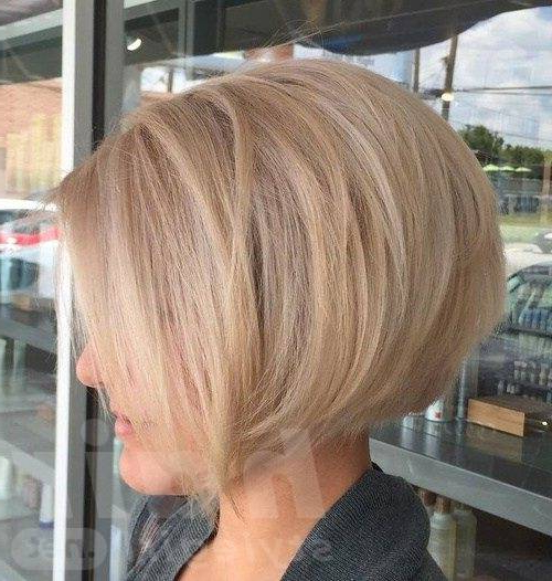 Short Bob Haircuts For Glamorous Women | Hair Style With Glam Blonde Bob Haircuts (View 5 of 25)