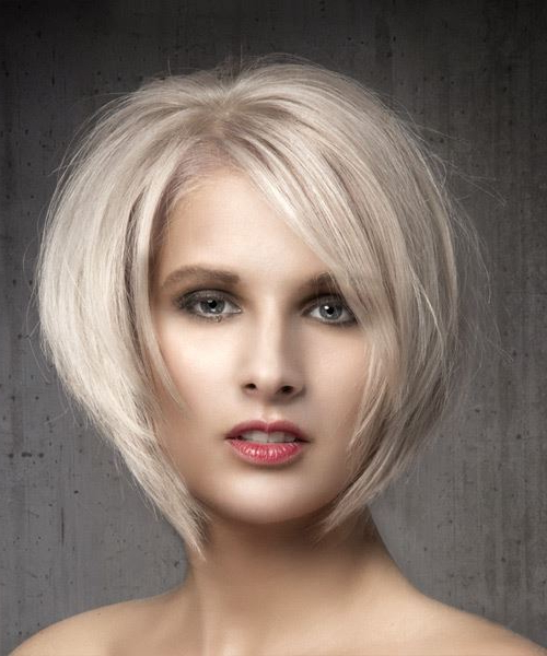 Short Straight Light Ash Blonde Bob Haircut With Side Swept Throughout Blonde Bob Haircuts With Side Bangs (View 10 of 25)