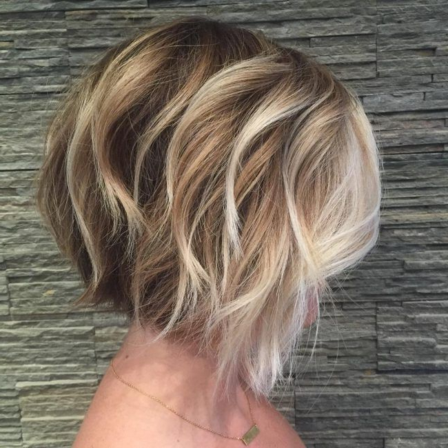 Textured Bob With Painted Highlights | Short Wavy Haircuts With Highlighted Short Bob Haircuts (View 3 of 25)