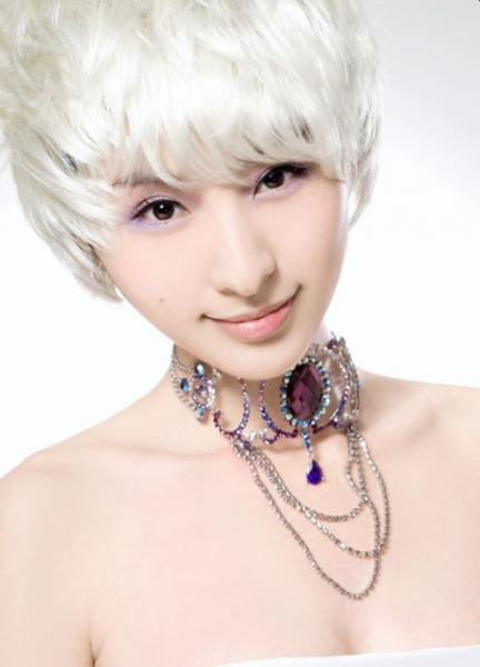 Top Asian Hairstyles And Haircuts: Cute Short Asian White In Cool Silver Asian Hairstyles (View 21 of 25)