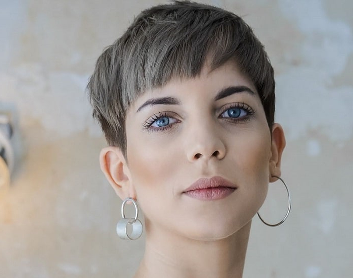 12 Edgy Pixie Cuts For Bold Women To Try Right Now In Long Pixie Haircuts With Sharp Layers And Highlights (View 25 of 25)