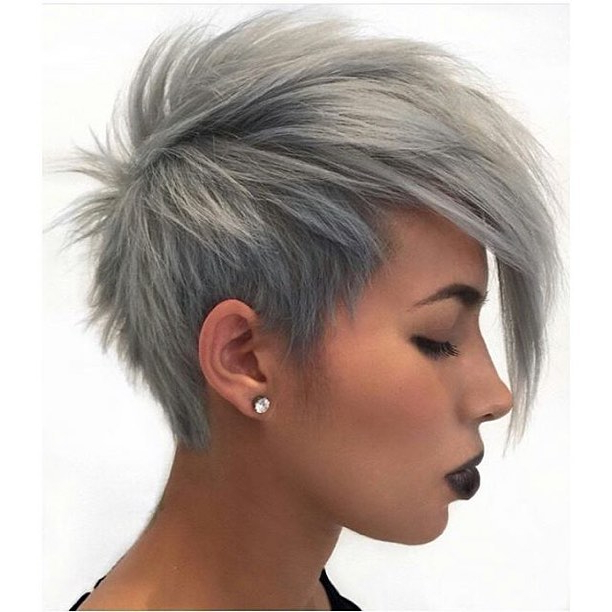 20 Cute Easy Short Pixie Cuts For Oval Faces | Styles Weekly Within Gray Pixie Haircuts With Messy Crown (View 9 of 25)