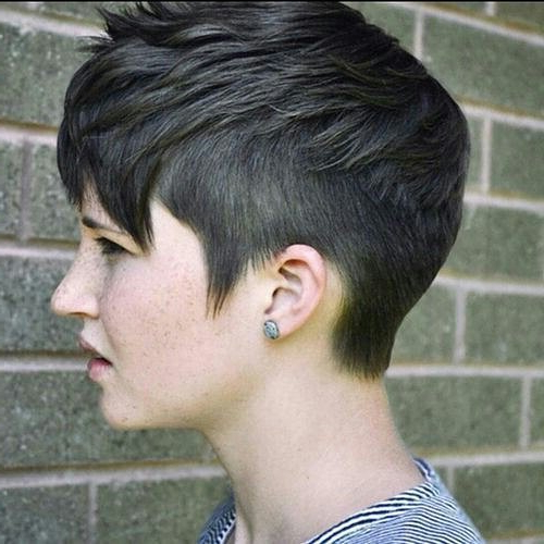 20 Easy Short Pixie Haircuts For Round Faces | Styles Weekly With Tapered Pixie Boyish Haircuts For Round Faces (View 8 of 25)