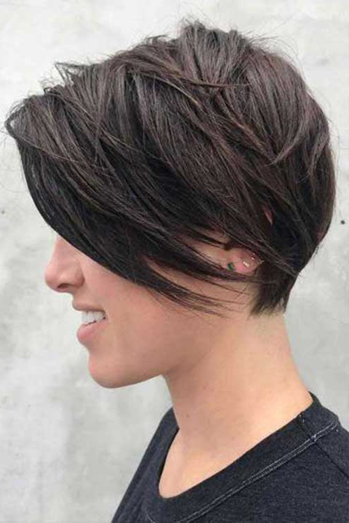 2018 Latest Layered Short Haircuts For Round Faces | Short With Layered Short Hairstyles For Round Faces (View 12 of 25)