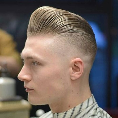 25 Best Haircuts For Guys With Round Faces (2019 Guide) Intended For Brushed Back Hairstyles For Round Face Types (View 13 of 24)