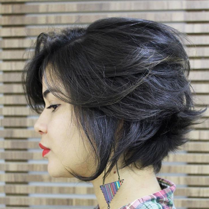 25 Flattering Short Hairstyles For Round Face Throughout Layered Short Hairstyles For Round Faces (View 6 of 25)
