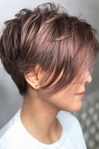 33 Types Of Asymmetrical Pixie To Consider | Lovehairstyles Inside Long Pixie Haircuts With Sharp Layers And Highlights (View 10 of 25)