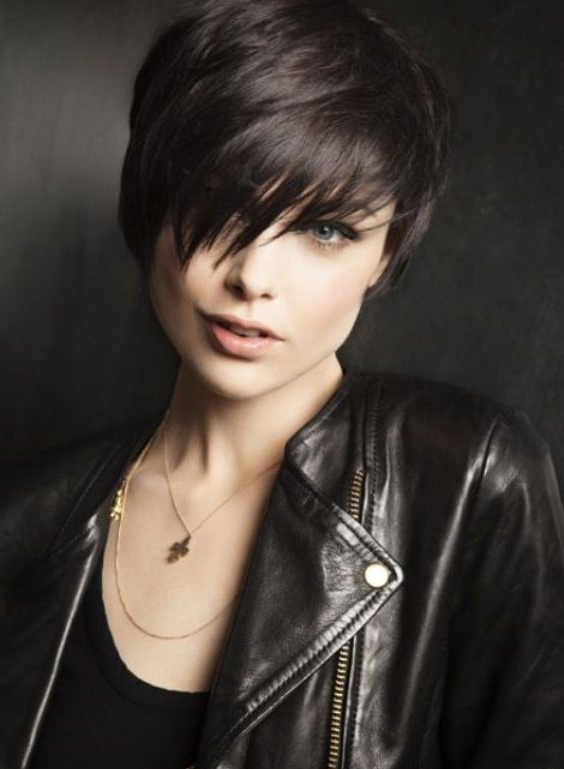 40 Classic Short Hairstyles For Round Faces inside Classic Asymmetrical Hairstyles For Round Face Types