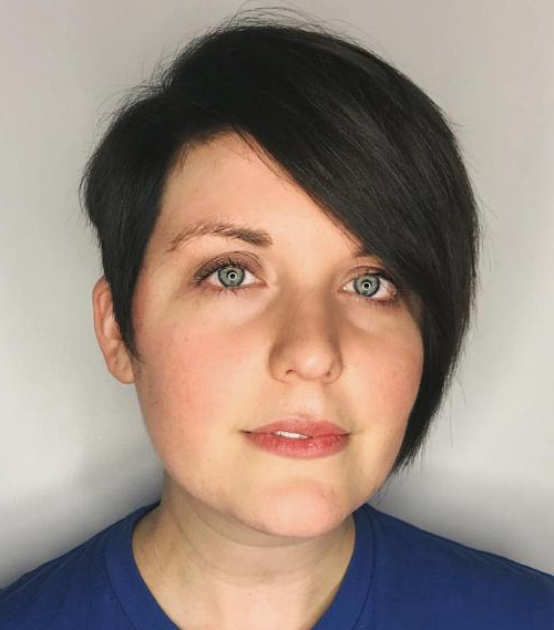 50 Adorable Haircuts Made For Round Faces – Page 32 Of 51 Within Minimalist Pixie Bob Haircuts (View 21 of 25)