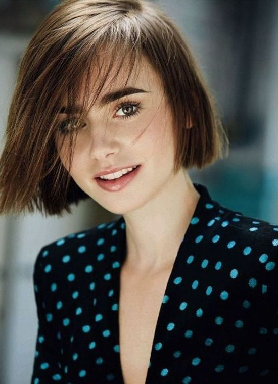 50 Gorgeous Short Haircuts For Round Faces With Layered Short Hairstyles For Round Faces (View 24 of 25)