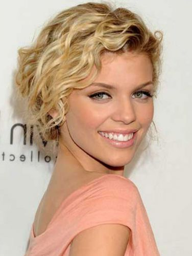 8 Annalynne Mccord Hair (Blonde, Curly, Updo, Vintage Hair) throughout Romantic Blonde Wavy Bob Hairstyles