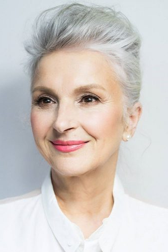 85 Incredibly Beautiful Short Haircuts For Women Over 60 in Gray Pixie Haircuts With Messy Crown