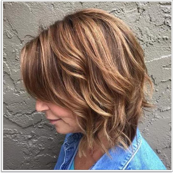 87 Lovely Hairstyles For Women Over 40 with Color Highlights Short Hairstyles For Round Face Types