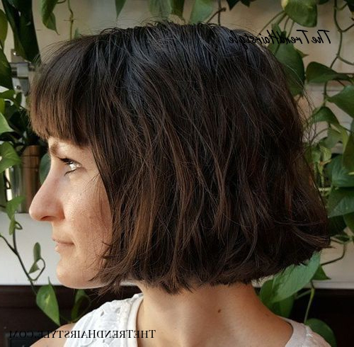Chic Gray Blunt Haircut - 50 Spectacular Blunt Bob pertaining to Side-Parted Bob Hairstyles With Textured Ends