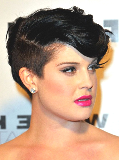 Fashion : Short Pixie Cuts For Round Faces Remarkable 10 in Cropped Haircuts For A Round Face