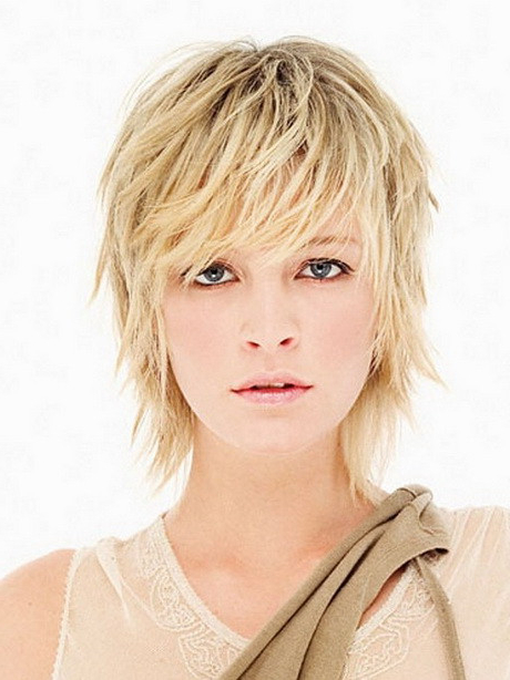 Feathered Hairstyles For Short Hair Awesome Short Feathered in Short Feathered Hairstyles