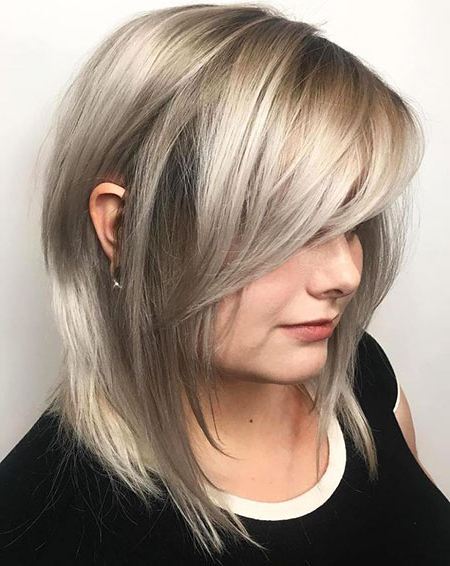 Layered Bob Haircuts With Fringe | Bob Hairstyles 2018 Inside Feathered Haircuts With Angled Bangs (View 4 of 25)
