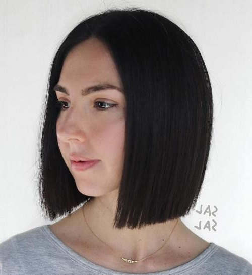 Pin On Fashion pertaining to Sleek Blunt Brunette Bob Hairstyles