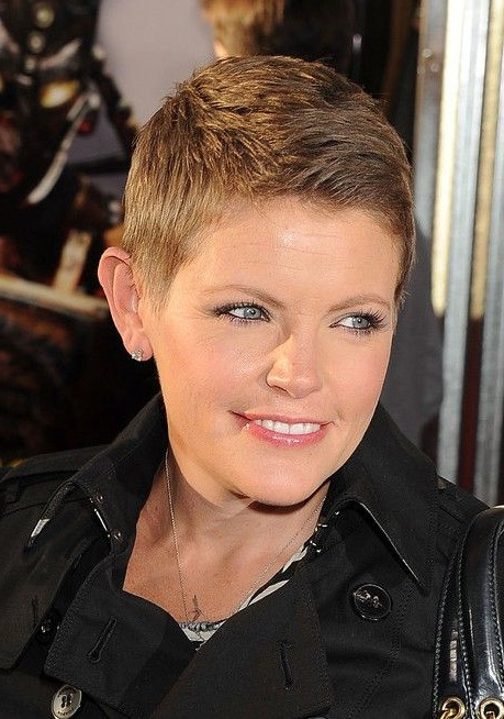 Very Short Boyish Pixie Haircut For Women – Natalie Maines In Tapered Pixie Boyish Haircuts For Round Faces (View 14 of 25)