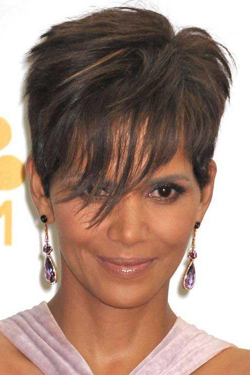 10 Edgy Pixie Cuts For Most Popular Edgy Messy Pixie Haircuts (View 17 of 25)
