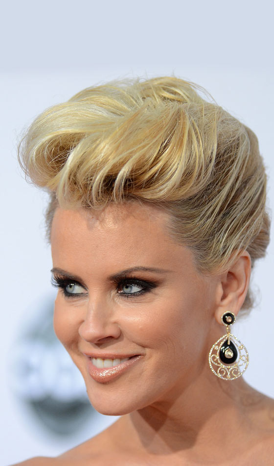 10 Stunning Rockabilly Hairstyles For Short Hair Intended For Most Popular Edgy Look Pixie Haircuts With Sass (View 23 of 25)