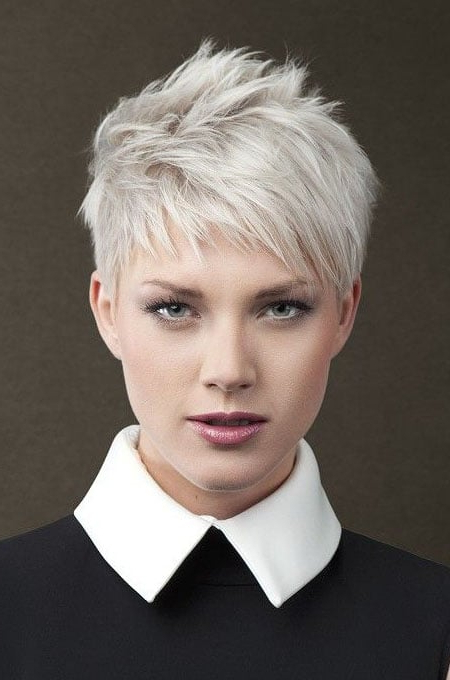 100 Best Hairstyles & Haircuts For Women With Thin Hair In 2020 For Recent Disconnected Pixie Haircuts For Fine Hair (View 19 of 25)