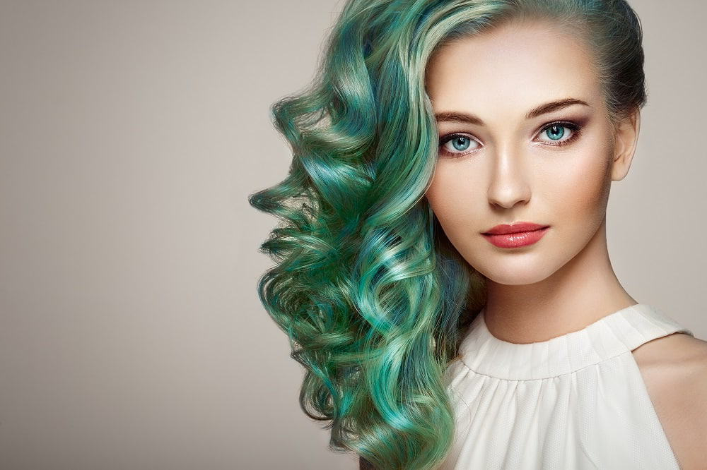 15 Green Ombre Hairstyles That'll Convince You To Go Green With Regard To Most Up To Date Aqua Green Undercut Hairstyles (View 25 of 25)