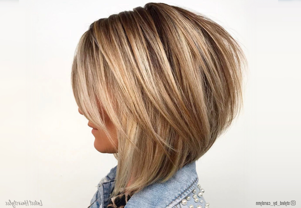 17 Hottest Graduated Bob Haircuts Right Now For 2018 Classic Disconnected Bob Haircuts (View 3 of 25)