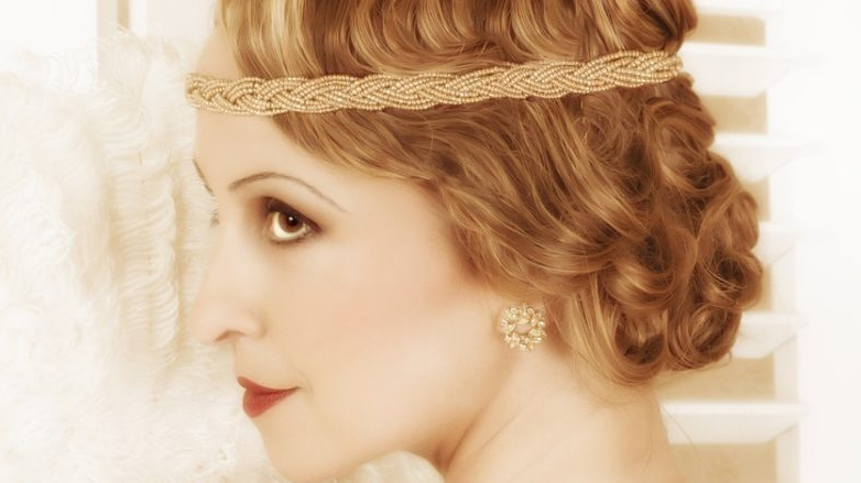 1920S Hairstyles: 22 Best Glamorous To Try Now In 2019 Inside Most Up To Date Headband Braid Hairstyles With Long Waves (View 21 of 25)
