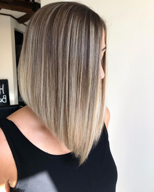 20 Cute Inverted Bob Haircuts Trending In 2020 Throughout Graduated Angled Bob Hairstyles (View 9 of 25)