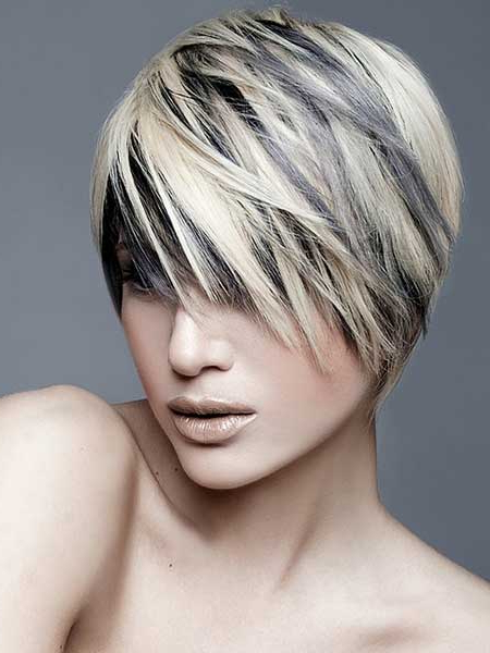 20 Stylish Colors For Short Hair – Pretty Designs Inside Most Up To Date Dark Pixie Haircuts With Blonde Highlights (View 11 of 25)