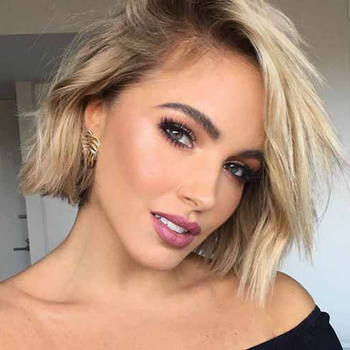 21 Gorgeous Short Bob Hairstyles For Thick Hair 2020 With Regard To Gorgeous Bob Hairstyles For Thick Hair (View 10 of 25)