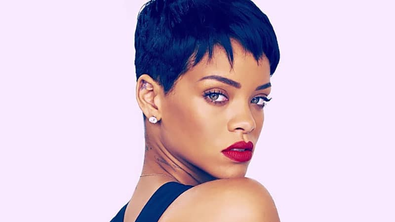 25 Chic Short Hairstyles For Thick Hair – The Trend Spotter Inside Short Feathered Bob Crop Hairstyles (View 14 of 25)