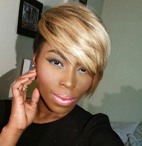 25 Cool African American Pixie Haircuts For Short Hair Throughout Most Recent Short Side Swept Pixie Haircuts With Caramel Highlights (View 15 of 25)