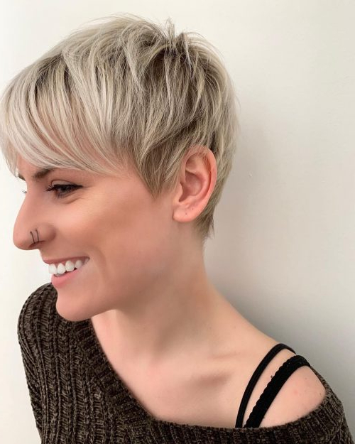 40 Cute Short Pixie Cuts For 2020 - Easy Short Pixie Hairstyles for Latest Edgy Textured Pixie Haircuts With Rose Gold Color