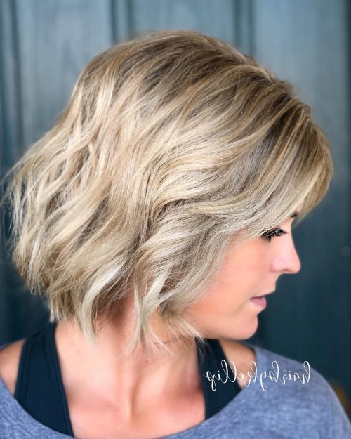 40 Cute Wavy Bob Hairstyles – Short, Medium And Long Throughout Beach Wave Bob Hairstyles With Highlights (View 17 of 25)