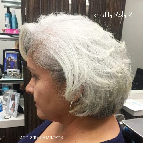 43 Youthful Short Hairstyles For Women Over 50 (With Fine for Youthful Bob Hairstyles