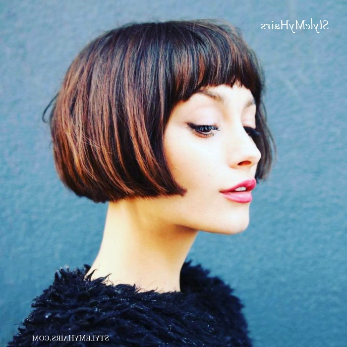 50 Chic Short Bob Hairstyles & Haircuts For Women In 2019 Pertaining To Short Cappuccino Bob Hairstyles (View 7 of 25)