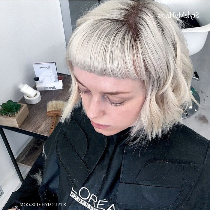 50 Chic Short Bob Hairstyles & Haircuts For Women In 2019 With Regard To Sharp And Blunt Bob Hairstyles With Bangs (View 17 of 25)