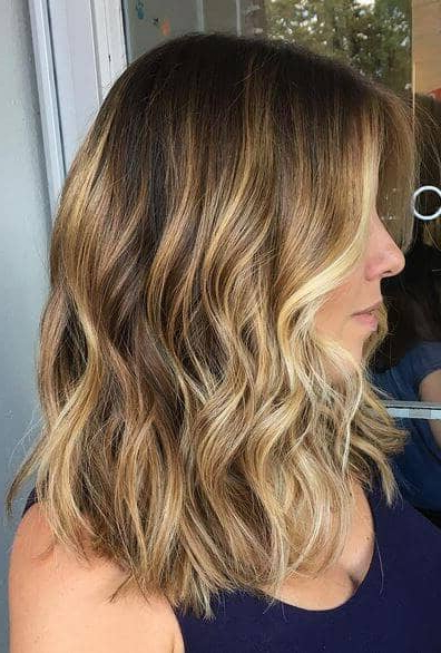 50 Pretty Chic Medium Lenght Hairstyles For 2020 Inside Mid Length Beach Waves Hairstyles (View 22 of 25)