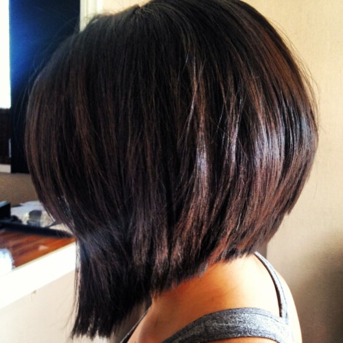 50 Wedge Haircut Ideas For A Retro Or Modern Look | Hair Within Wedge Bob Hairstyles (View 15 of 25)