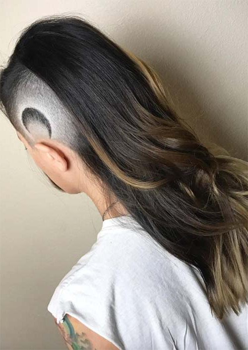51 Long Undercut Hairstyles For Women In 2020: Diy Undercut Hair With Most Current Shaved Undercuts (View 21 of 25)