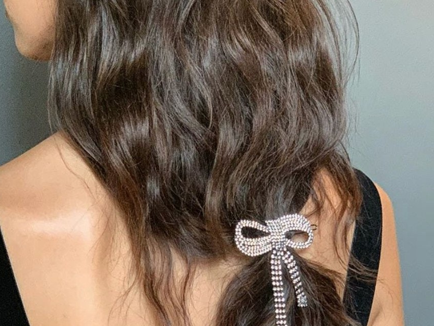 51 Winter Hairstyle Ideas Perfect For 2019   Glamour Regarding Most Current Loosely Tied Braid Hairstyles With A Ribbon (View 20 of 25)