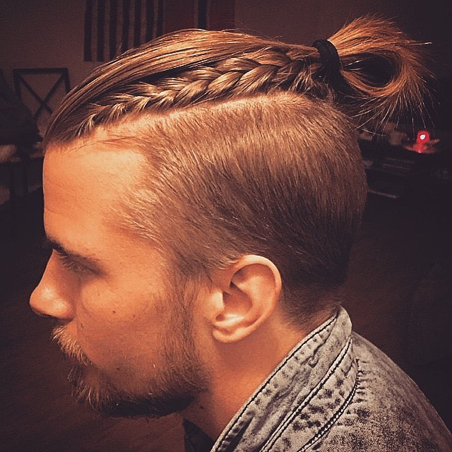55 New Men's Top Knot Hairstyles – Out Of The Ordinary(2019) Intended For Recent Braided Topknot Hairstyles (View 25 of 25)